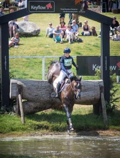 Barbury Castle with Charly June 2019